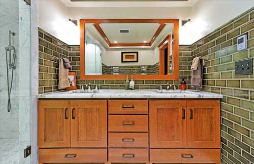 Seattle bathroom cabinets