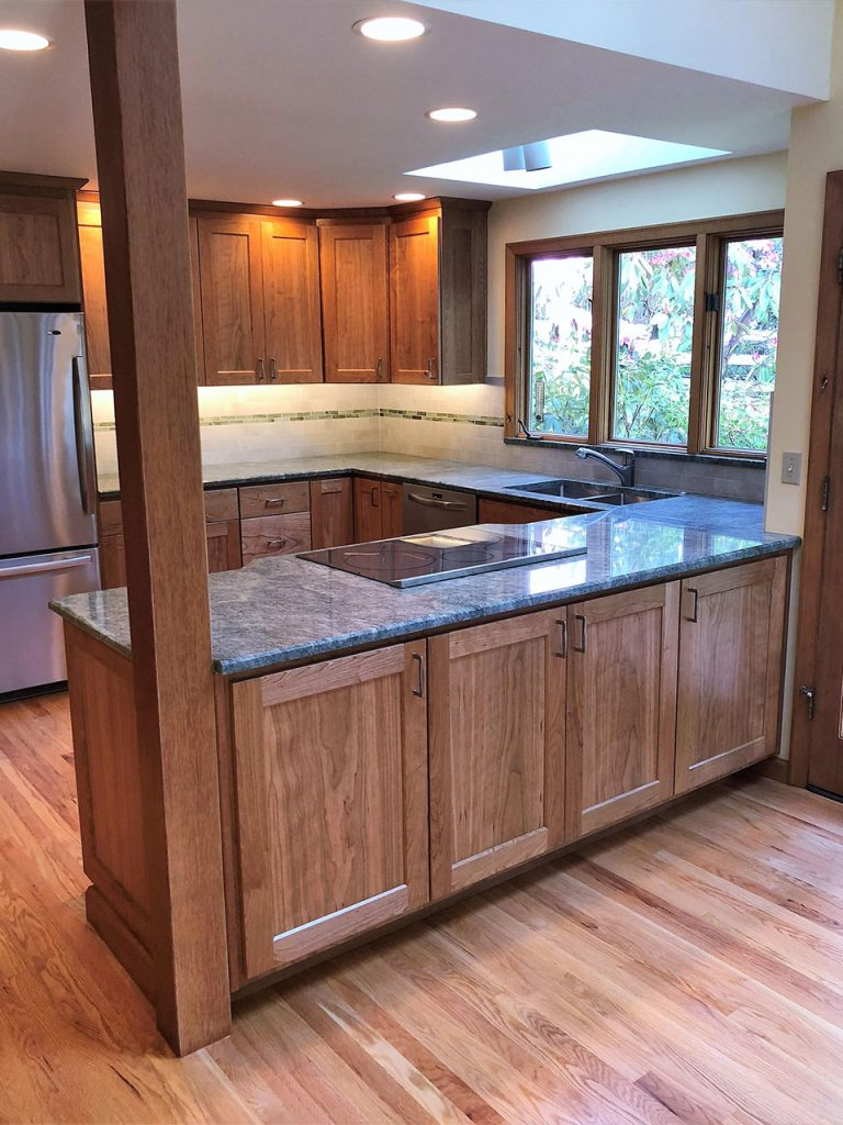 Kitchen Cabinets with Cherry Wood